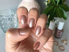 Get the rose gold nails trend with this ESSIE nail polish. Rose Gold Nails, Essie Nail Polish, Nail Trends, Beauty, Rouge, Trends, Gold Nails, French Nails, Mail Boxes
