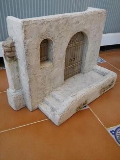Collection and tips for hobbies Nativity House, Cardboard Box Houses, Fontanini Nativity, Recycled Silverware, Dungeons And Dragons Game, Christmas Manger, Pottery Houses, Hobby House, Fairy Doors