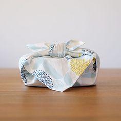ランチクロス「石垣」水色 nocogou | 手刷りの生地から作る布雑貨「ノコゴウ」