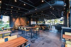 Austin's Second Shake Shack Storms The Domain Today by Whitney Filloon , photos by Robert J. Lerma Aug 26, 2015 - Eater Austin