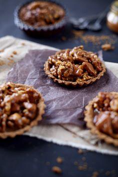 Tartelettes aux noix, caramel et spéculoos