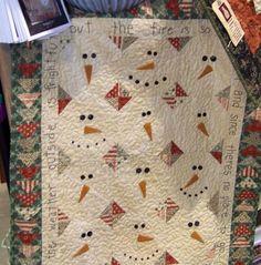 snowman quilt - cute for a little kids Christmas quilt. Christmas Sewing, Noel Christmas, Christmas Crafts, Christmas Quilting, Xmas, Snowman Crafts, Christmas Themes, Quilting Projects, Quilting Designs