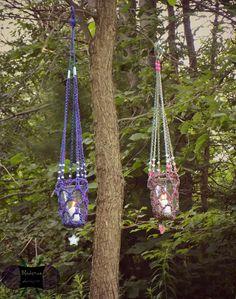 Mock-rame Hangers
