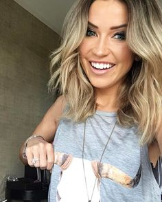 @kaitlynbristowe grabbing the bull by the horns in the Show Me Your Mumu Secret Life Tank