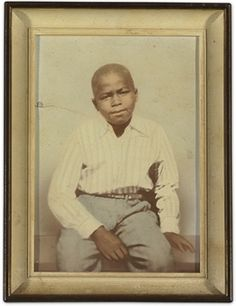 Childhood photo of Singer James Brown. Photo from iRock Jazz Fan Page. Celebrities Then And Now, Young Celebrities, Celebs, Billy Holiday, The Ventures, Childhood Photos, James Brown, I Love Music, Actors