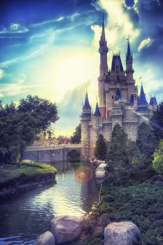 Cinderella Castle ◇ Magic Kingdom/Walt Disney World Images Disney, Disney Pictures, Disney Vacations, Disney Trips, Disney Love, Disney Magic, Walt Disney World, Disney World Castle, Chateau Disney