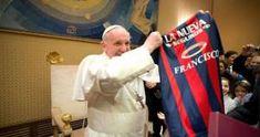 San Lorenzo y Nacional de Paraguay se juegan el título de la Copa Libertadores. El Papa seguirá la final desde un avión.  August 13, 2014.