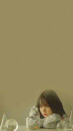 Kpop Iphone Wallpaper, Wallpaper Backgrounds, Trendy Wallpaper, Cute Wallpapers, Kpop Girl Groups, Kpop Girls, Damask Wallpaper Living Room, Gfriend Profile, Girl Group Pictures