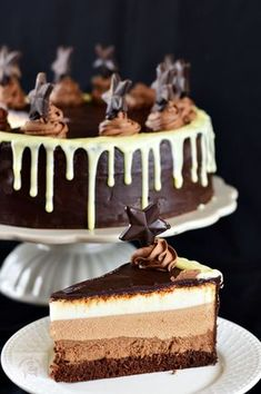 Un blog cu retete culinare, retete simple si la indemana oricui, retete rapide, retete usoare, torturi si prajituri Sweets Cake, Cookie Desserts, Cake Recipes, Dessert Recipes, Delicious Desserts, Yummy Food, Pastry Cake, Homemade Cakes, Something Sweet