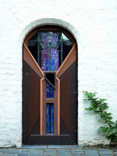 Ghent, Oost-Vlaanderen, Belgium, Door~ by Amaury Henderick Door Knockers, Door Knobs, Door Handles, Cool Doors, Unique Doors, Portal, Entrance Doors, Doorway, Doors Galore