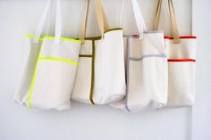 http://www.purlbee.com/2015/05/11/wrap-pocket-tote/