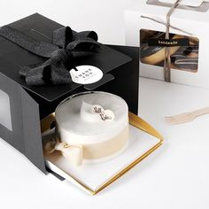 Black Boxes / Medium / Plain / Gable Boxes with Clear Lids / For Mini Cake 5 X Modern Black Mini Cake Box / Pie Boxes / Small Boxes / Cake Boxes Packaging, Dessert Packaging, Bakery Packaging, Cookie Packaging, Food Packaging Design, Cake Branding, Logo Branding, Bakery Box, Bakery Cafe