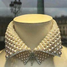 Solid Gold Heart Diamond Necklace/ Heart Shaped Diamond Pendant in Gold/ Pave Heart Necklace/ Love Pendant/ Heart Charm - Fine Jewelry Ideas Diamond Choker Necklace, Diamond Bracelets, Diamond Pendant, Pendant Necklace, Pearl Diamond, Pearl Pendant, Pearl Necklace, Pearl Choker, Bead Jewelry
