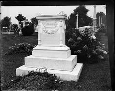 """Gravestone for Fernando Yznaga, onetime uncle of Consuelo Vanderbilt (he was first married to her aunt Virginia """"Jenny"""" Smith) and the brother of Consuelo's godmother Consuelo Yznaga, Duchess of Manchester.  Yznaga remained among the closest of friends with W. K. Vanderbilt even after both were divorced from the Smith sisters (Jenny & Alva)."""