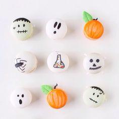 DIY halloween macarons - the cutest Happy Halloween, Halloween Desserts, Halloween Food For Party, Halloween Cakes, Halloween Treats, Fall Halloween, Halloween Decorations, Halloween Baking, Halloween Inspo