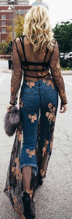 #winter #fashion / Black Flower Print Tunic / Denim Jeans