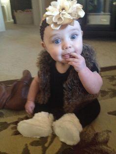 Baby girl/ fur vest/ mini fashionista