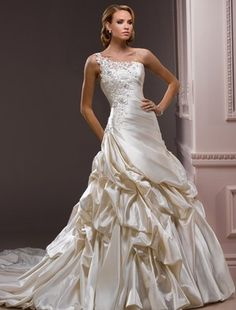 Bridal Gowns: Maggie Sottero Princess/Ball Gown Wedding Dress with Neckline and Waistline