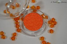 A Bumblebee´s Journey: Etude House - Look at my eyes - OR205 Fever Orange (Review)