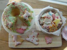 Miniature baking Christmas cake and cookies set by Kimsminibakery