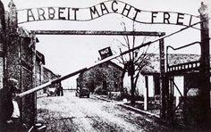 Yad Vashem foto entrata di Auschwitz