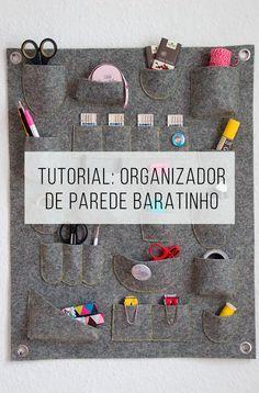 Tutorial para fazer um organizador de parede sem gastar muito! // palavras-chave: decoração, ideia, decoração barata, costura, diy, faça você mesmo, escritório, office, home office, organizador fácil e barato para fazer.