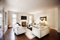 Making dark floors look good. Old Country Houses, Home Living Room, Home Buying, My Dream Home, Future House, Beautiful Homes, Sweet Home, New Homes, Flooring