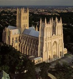 Washington National Cathedral in Washington DC, U.S.A., is the 6th largest cathedral in the world.