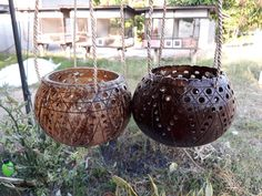 2 Pcs handicraft Coconut Shell Hanging Pot Planter hanging Busket For Flower Orchids by Handmadebyyucrack on Etsy Indoor Garden, Garden Pots, Coconut Leaves, Craft Projects, Projects To Try, Hanging Pots, Coconut Shell, Handicraft, Orchids