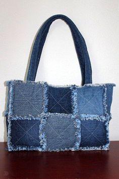 Bag of old jeans tutorial. Bag of old jeans Denim Tote Bags, Denim Handbags, Denim Purse, Diy Jeans, Diy Sac, Sacs Diy, Blue Jean Purses, Diy Bags Purses, Denim Crafts