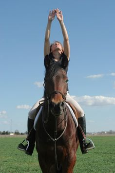 Are you a nervous rider? Try this four-step yoga breathing exercise from your saddle.