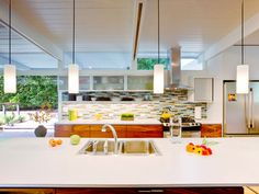 fabulous modern kitchen designed by Robin Chell