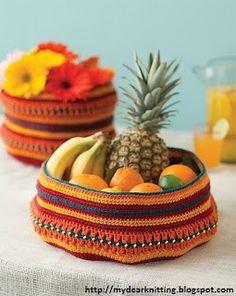 Crocheted bag for beginners