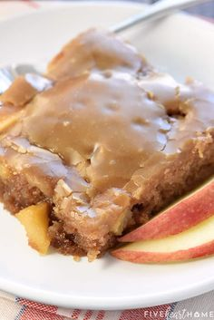 Caramel Apple Sheet Cake is a sweet, moist cake loaded with tender apples and topped with gooey caramel glaze in a big pan.perfect for feeding a crowd! Healthy Apple Desserts, Baked Apple Dessert, Apple Dessert Recipes, Fall Desserts, Fruit Recipes, Apple Recipes, Fluff Desserts, Peanut Butter Desserts, Fall Recipes