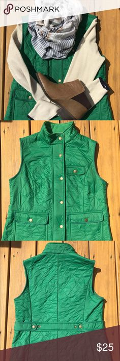 """TALBOTS Quilted Vest -Green 🌿Size S Get ready for the Fall 🍁 with this cute and comfy vest!                  🌿Size S 🌿Color:Green 🌿Length: approx. 22"""" 🌿Across the chest: approx. 18"""" 🌿Very good condition-no tears; very minimal piling under the armpits Talbots Jackets & Coats Vests"""