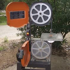 An Open Band Saw