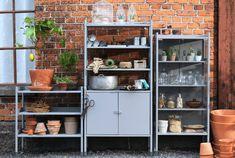 IKEA Aufbewahrung für draußen wie z. B. HINDÖ Schrank+Regal drinnen/draußen, grau