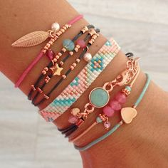 Love the coral and turquoise tones of these beautiful stacked bracelets… Cute Jewelry, Beaded Jewelry, Diy Jewelry, Jewelry Accessories, Handmade Jewelry, Jewelry Design, Fashion Jewelry, Jewelry Making, Jewellery