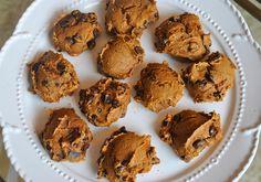 3 ingredient pumpkin chip cookies