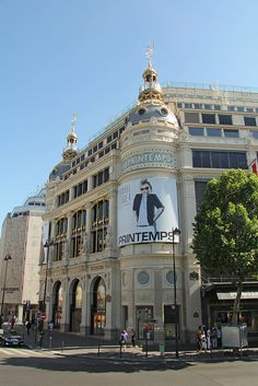 Printemps in Paris - most beautiful shopping mall in the world?