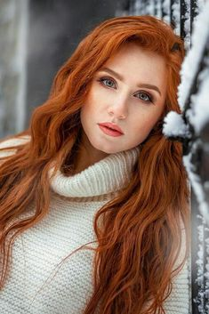 photos of stunningly beautiful women. mostly redheads. freckles and braces - extra hot 🔥 💓 I want them all 💓 I Love Redheads, Hottest Redheads, Beautiful Red Hair, Beautiful Eyes, Red Heads Women, Red Hair Woman, Ginger Girls, Gorgeous Redhead, Redhead Girl