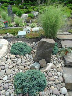 decoración paisajística con rocas