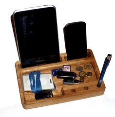 Organizer dębowy, podstawka pod telefon i tablet w e-form na DaWanda.com