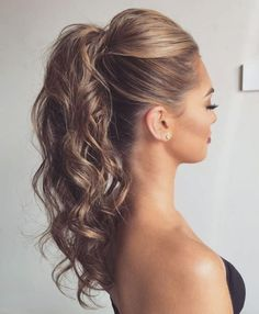 Formal hairstyles for long hair Formele kapsels voor lang haar - Farbige Haare High Ponytail Hairstyles, Latest Hairstyles, Down Hairstyles, Easy Hairstyles, Hairstyle Ideas, Prom Ponytails, High Curly Ponytail, Curled Ponytail Hairstyles, Hairstyles 2018