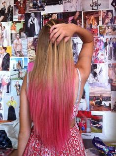 Pink dip dye hair, except I'd want it in a nice lagoon / royal blue Blonde Dip Dye, Pink Dip Dye, Dip Dye Hair, Dye My Hair, New Hair, Dip Dyed, Hair Tips Dyed Pink, Hair Dye Tips, Bright Hair Colors