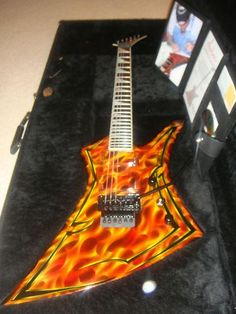 Jackson USA Kelly CS flame Music Guitar, Cool Guitar, Playing Guitar, Unique Guitars, Custom Guitars, Bass, Jackson Guitars, Heavy Rock, Guitar Collection