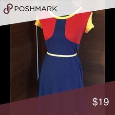 Vintage Body-con dress Multicolored body-con dress best fits size M/L Vintage Dresses