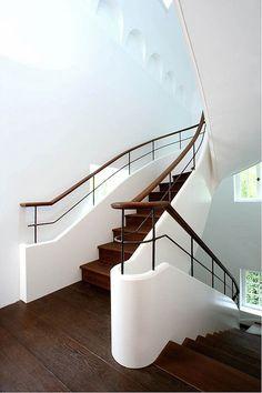 Stiege aus Parkett dunkel | Stairs parquett