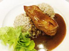 Denné menu Vranov   Špikované kuracie prsia s prosciuttom a paradajkou, jemné maslové krupoto - reštaurácia Hotel Patriot*** #hotel #restauracia #dennemenu Patriots, Pork, Meat, Pork Roulade, Pigs, Pork Chops