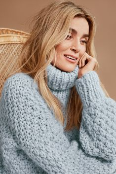 Fan of Chunky Turtlenecks Thick Sweaters, Mohair Sweater, Sweater Outfits, Dream Dress, Camilla, Knitwear, Turtle Neck, Wool, Knitting